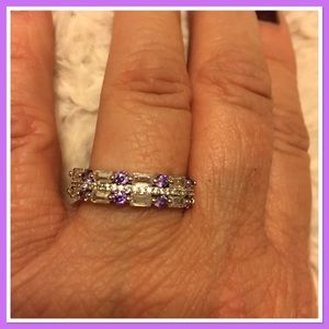 Jewelry - Amethyst and clear ring